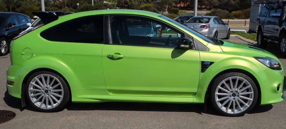 This 2010 ex&le in Viper Green is a future classic as the new Mk3 Ford Focus RS moves away from front wheel drive and embraces AWD in the quest for ... & Ford Focus RS For Sale | |Rare Car Sales Australia| markmcfarlin.com